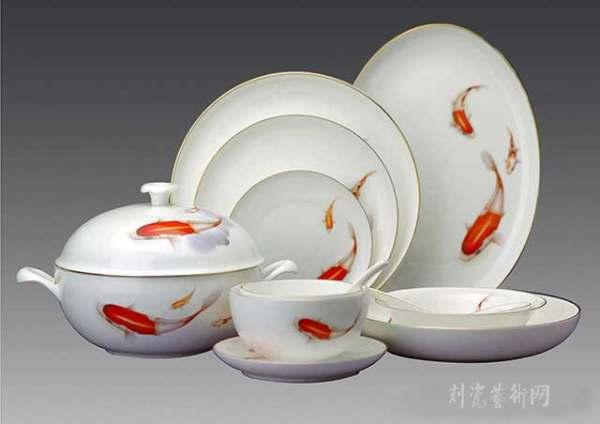 褔魚賀歲餐具.jpg