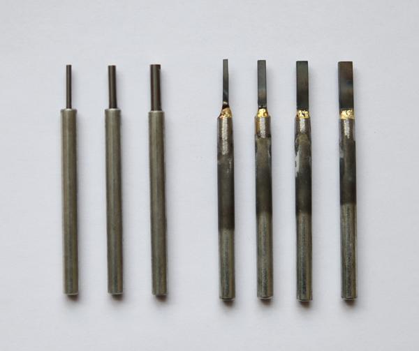 图2-1,未磨前几种不同规格的圆型和扁型刀头.JPG