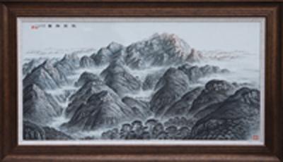 图3-76 丁邦海《岱宗胜景》刻瓷板 1200mm×600mm 点刻、线刻、面刻工艺结合雕刻。.JPG