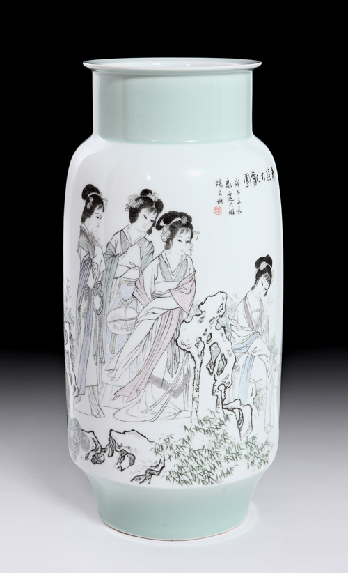 37赵新建《春游大观园》 刻瓷瓶 高460mm.jpg