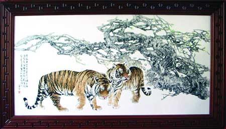 1、董善习《王者之风》瓷板刻瓷-600mm×1200mm.jpg
